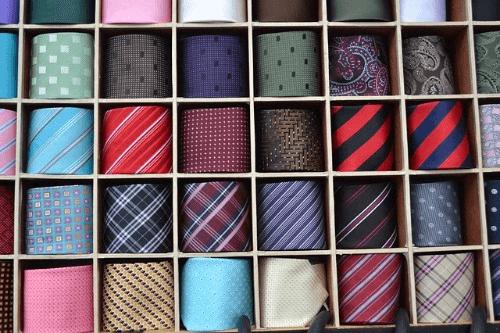 ブランドもののネクタイを買取ってもらおう!買取価格や高額買取のコツをチェック