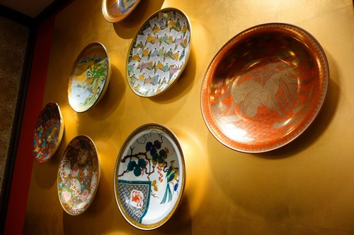 【人間国宝】金城次郎の陶芸作品を高く買取してもらうためのポイントをご紹介