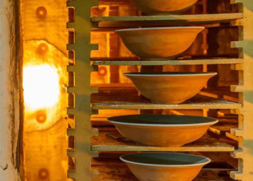 人間国宝・藤原雄の陶芸作品を高く買取してもらうためのポイントをご紹介