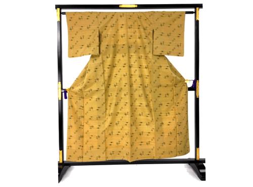 久米島紬とは?本場の久米島紬を高く買取してもらうために知っておきたいことをご紹介