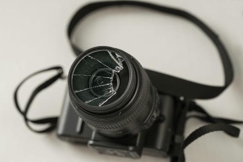壊れたカメラでも買い取りしてもらえる?高く売る3つのコツを紹介!