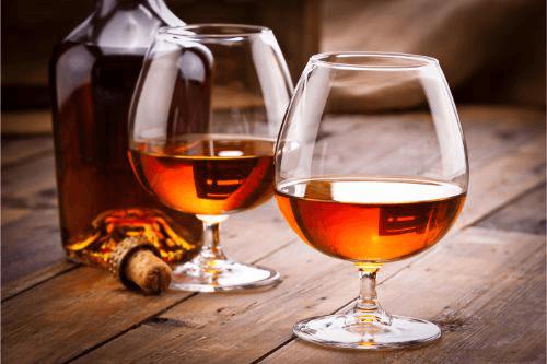 有名ビンテージウイスキーの買取相場と高く売るコツ