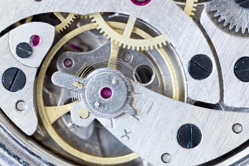 電池切れの腕時計は買取してもらえる?おすすめの買取方法をご紹介