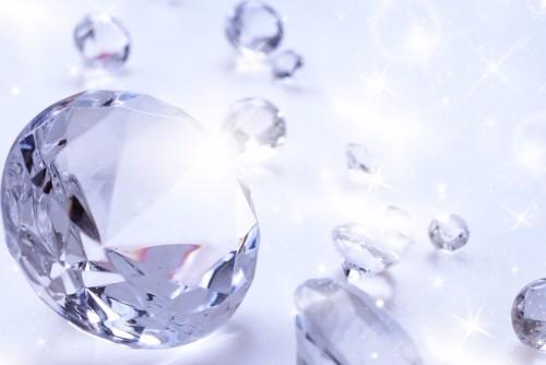 宝石買取の査定について知ろう!高額買取の基準とは?