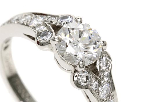 婚約・結婚指輪としても人気のカルティエ バレリーナを買取に出す際のコツ