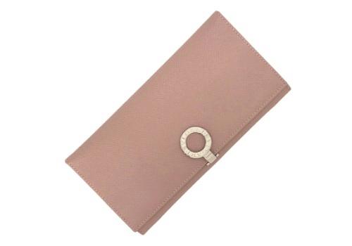 newest collection 4e16d 587ca BVLGARI(ブルガリ)財布が人気の理由と高額買取の方法とは ...