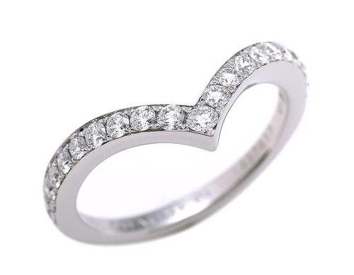 婚約指輪や時計で有名なショーメの買取相場はどれくらい?