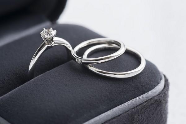 小さいダイヤの婚約指輪を長く楽しみ方