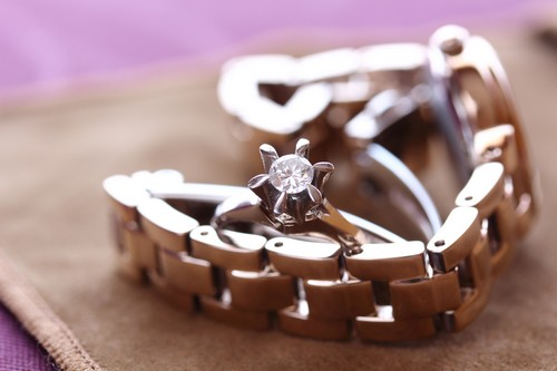 世界中の人々を魅了!腕時計のブランド「ロレックス」の魅力にせまる!