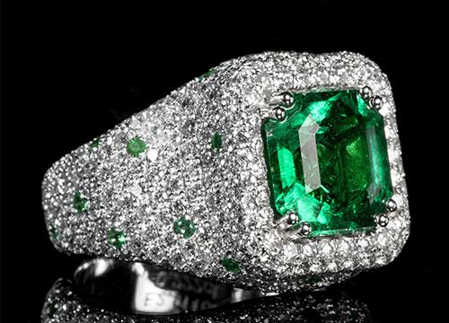 三大宝石の一つのエメラルドの魅力のご紹介