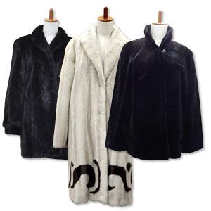 複数のミンクの毛皮コート