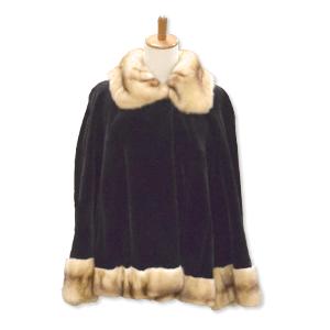 セーブルの毛皮コート