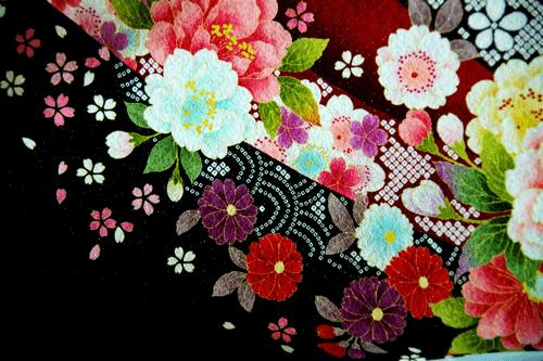 刺繍の人間国宝・福田喜重の着物の特徴や買取相場は?