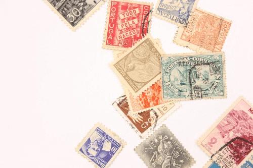 不要になった切手は交換できる?手数料や買取条件を解説