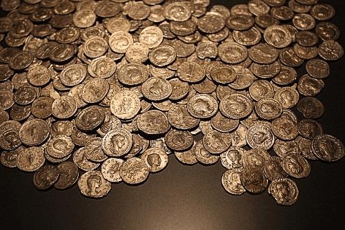 北米で最も古く発行されたペソ金貨の買取相場は?