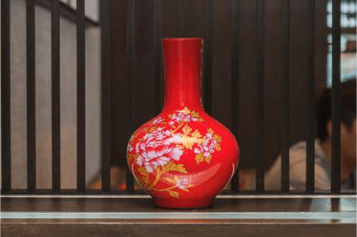 花瓶の買取なら専門の買取業者へ!買取相場と買取のコツをご紹介