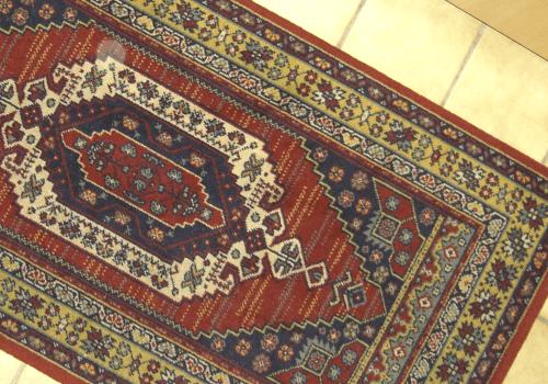 不要なペルシャ絨毯は買取に出す!相場や高く売るコツとは?