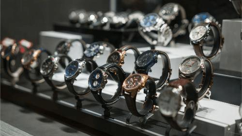 パネライの時計の買取相場は?高く売るためのコツを解説します!