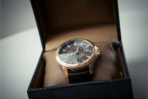エンポリオアルマーニの腕時計買取時のポイントまとめ